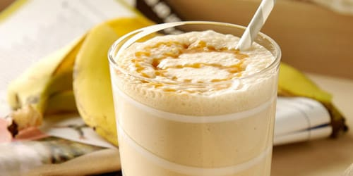 Banana smoothie with caramel