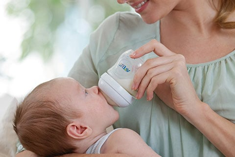 The busy mum's guide to choosing the best baby bottle and teat