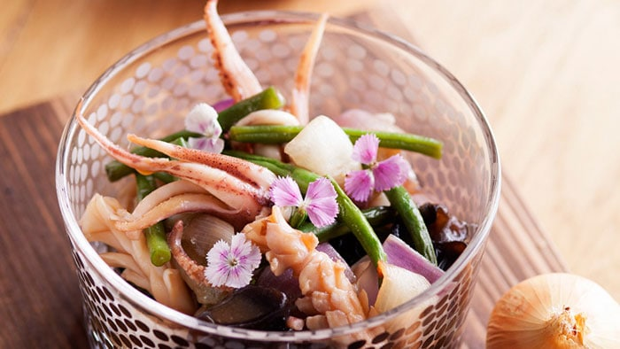 Fresh Squid with French Beans and Black Fungi