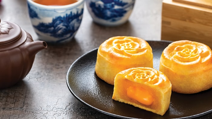 Lava Custard Mooncake (Makes 12 mooncakes)