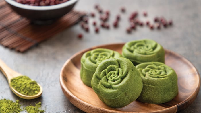 Matcha and Red Bean Mooncake (Makes 12 mooncakes)
