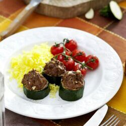 Courgette Stuffed with Ground Meat