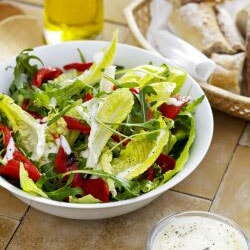Green Salad with Roasted Pepper